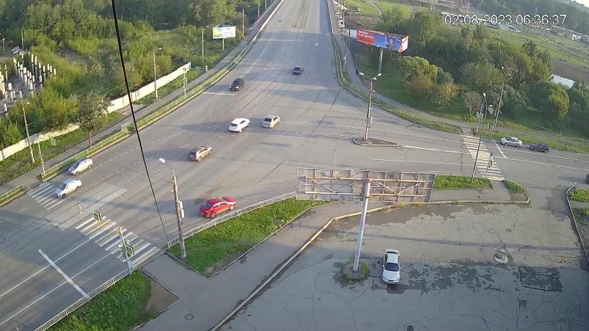 Перекресток ул. Островского и ул. Серова
